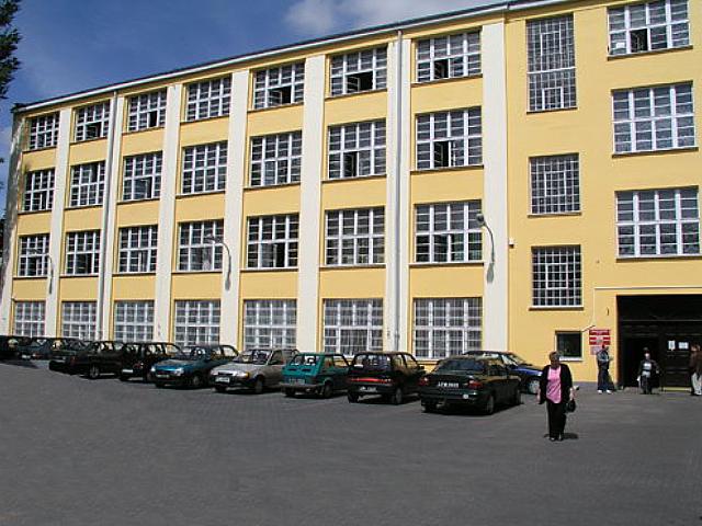 Centrum Biurowe 1-go Maja